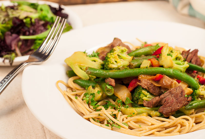 Food Service - 650 Calories - Thai Beef Pasta