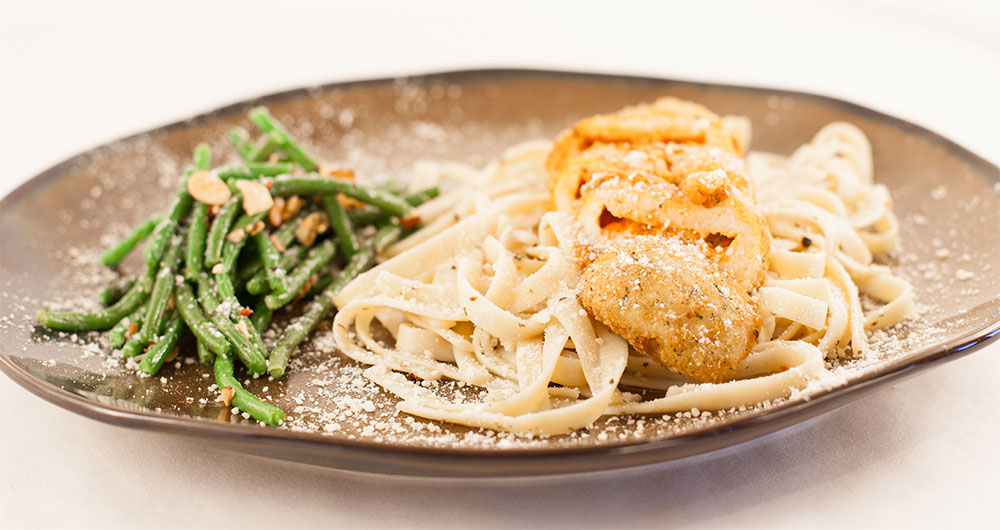 Foodservice Recipe - Chicken Parmesan with Green Bean Almondine