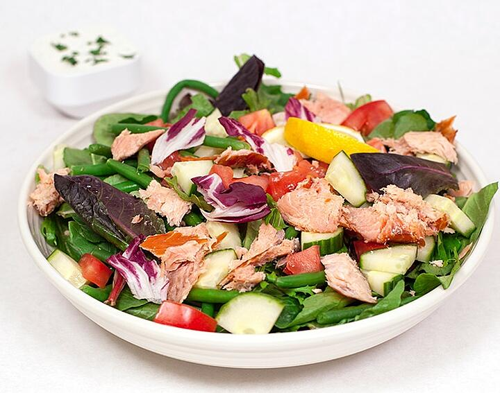 Foodservice Recipe_Smoked Salmon Salad