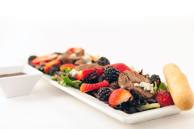 Food Service - 650 Calories - Steak & Berries Salad