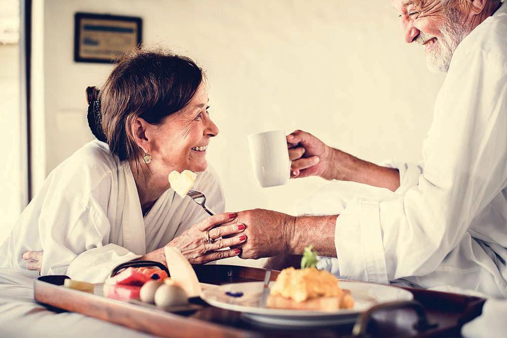 healthcare-room-service-foodservice1